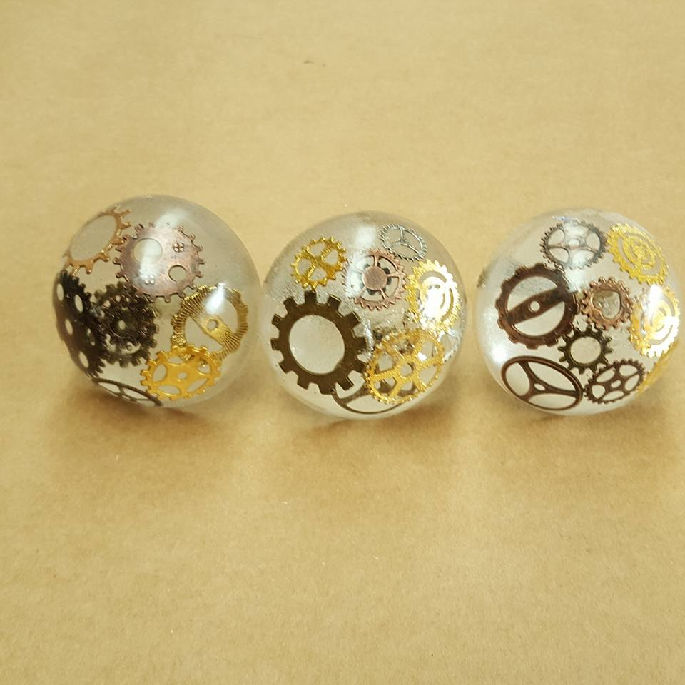 How to make Epoxy Resin Doorknobs (Steampunk) - Unique Creations By ...